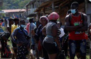 Cada año miles de migrantes irregulares de todo el mundo llegan a Panamá procedentes de Suramérica, en un flujo que ha llegado a generar crisis humanitarias en el istmo centroamericano.