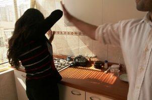 La denuncia por violencia doméstica fue interpuesta el pasado 29 de julio por Eunice Licea Núñez. Foto. Ilustrativa