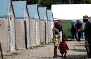En los primeros días de agosto ingresaron un promedio de 400 migrantes diarios, aunque la cifra varía y a veces sobrepasa los mil, informó el director del Senafront. Foto: EFE