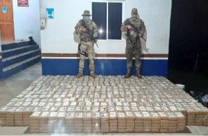 Los condenados fueron aprehendidos el pasado 5 de agosto al sur de Punta Burica en la provincia de Chiriquí, por unidades del Servicio Nacional Aeronaval (Senan) a bordo de una embarcación tipo Go Fast con 1,650 paquetes de cocaína. Foto: Mayra Madrid