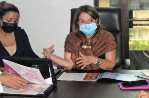 La ministra Maruja Gorday dijo que con este proyecto se pondrá orden a esta modalidad. Foto: Cortesía Meduca