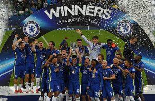 Chelsea levanta su segundo título de Supercopa en su historia. Foto Cortesía: @ChampionsLeague