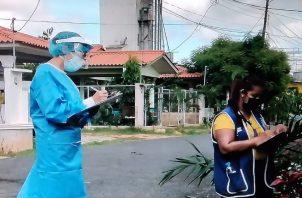 El barrido se realizó para tratar de dar con posibles casos de la covid-19 en estos sectores. Foto: Thays Domínguez