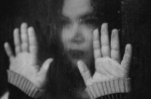 La mujer debe saber que no está sola y que existe tratamiento para su trastorno. (Foto ilustrativa: Pixabay)