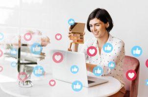 Los usuarios acostumbran a compartir sus actividades en las redes sociales. Ilustrativa / Freepik