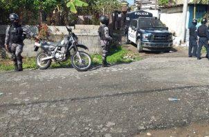 La ciudadanía se queja del caos vehicular que causan los retenes policiales. Foto: Diomedes Sánchez