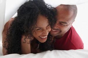La sexualidad es un aspecto central del ser humano, según la OMS. Pixabay