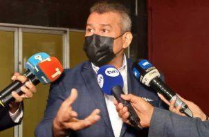 El abogado defensor Sidney Sittón reiteró ayer que las pruebas del MP carecen de legitimidad. Foto: Victor Arosemena
