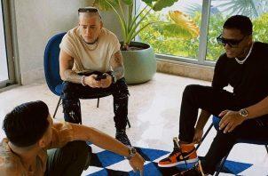 Foto de los tres artistas reunidos en fin de semana. Instagram