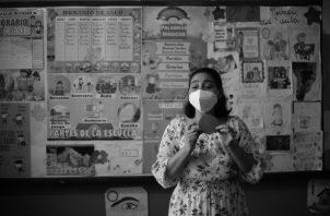 El reto de las clases semipresenciales se inicia en Panamá y serán las tecnologías aplicadas a la educación, las que seguirán siendo el centro del accionar del acto didáctico, de esa nueva experiencia educativa panameña. Foto: EFE.