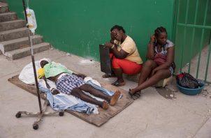 Los hospitales del suroeste de Haití están al límite este lunes, mientras las autoridades incrementaron a 1.419 el número de fallecidos. EFE