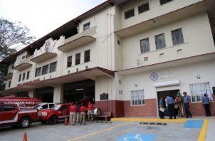 Esta clínica beneficia a bomberos, remunerados y voluntarios, administrativos y sus familiares. Foto: Archivo