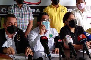 Dirigentes magisteriales señalan que convocarán a una asamblea nacional para tomar las decisiones. Foto: Víctor Arosemena
