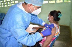 Panamá espera vacunar contra la covid-19 aproximadamente al 80% de la población. Foto: Grupo Epasa
