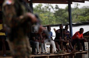 El tapón del Darién es utilizado cada año por miles de migrantes procedentes de todo el mundo, en su mayoría haitianos, en su tránsito hacia Norteamérica. Foto: EFE