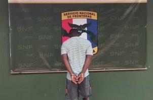 A través de Interpol Paso Canoas se corroboró que el nigeriano era buscado por drogas en Brasil. Foto: Cortesía Senafront