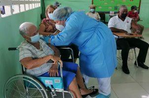 Panamá comenzó con el proceso nacional de vacunación contra el coronavirus el 20 de enero de 2021. Foto: Cortesía Minsa