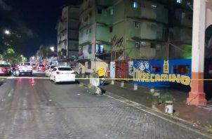 La Policía Nacional acordonó el área donde ocurrió el ataque. Foto: Diomedes Sánchez