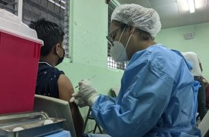 En Panamá se han aplicado 4,226,317 dosis de la vacuna contra la covid-19. Foto: Cortesía @CSSPanama