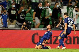 Carvajal salvó al Madrid de un empate en Sevilla. Foto: EFE