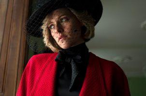 Kristen Stewart caracterizada como Lady Di en 'Spencer' de Pablo Larraín. EFE/Diamond Films.