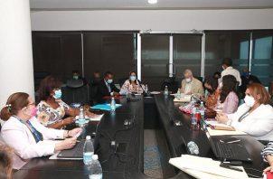 Reunión de la Comisión de Educación de la Asamblea Nacional. Foto: Cortesía Asamblea Nacional
