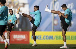 Brasil visitará a Chile el jueves, recibirá a Argentina el domingo y se medirá con Perú el jueves de la próxima semana. Foto Cortesía: @CBF_Futebol