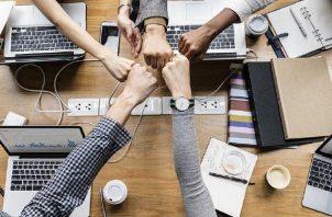 Los Millennials, mayormente, son los que deciden dejar los trabajos de 9 a 17 horas. Foto: Pixabay
