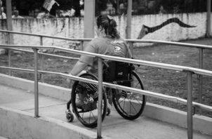 Esta enfermedad afecta, en su mayoría, a mujeres, sin embargo, creo que golpea más fuerte a los hombres. Foto: EFE.