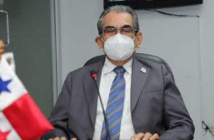Héctor Montemayor sustentó el presupuesto de la Tecnológica. Foto: Cortesía