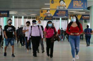 Las medidas de bioseguridad han ayudado a contener el virus. Foto: Cortesía Metro de Panamá