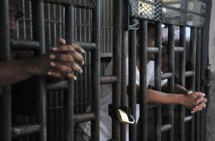 Hacinamiento es un problema en las cárceles del país. Foto: Archivo