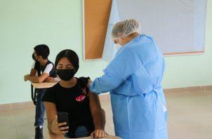 Panamá comenzó el proceso nacional de vacunación contra la covid-19 el 20 de enero de 2021. Foto: Cortesía Minsa