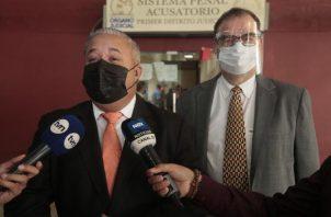 La defensa de Martinelli se mantiene firme en que en su momento desmantelará las pruebas de la fiscalía. Víctor Arosemena