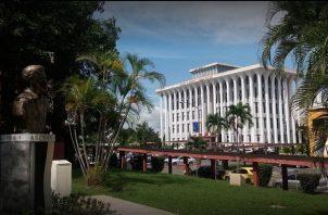 Universidad de Panamá tiene una matrícula de 90 mil estudiantes. Foto: Grupo Epasa