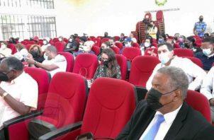 La Comisión Legislativa se reunió en el Centro Regional Universitario de Colón (CRUC). Foto: Diómedes Sánchez