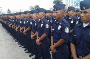 Diputados piden reconsiderar requerimientos para ingresar a la Policía Nacional. Foto: Archivos
