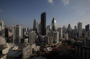 El Centro Bancario Internacional (CBI) de Panamá consta de 68 instituciones y es un pilar de la economía de servicios del país centroamericano, que enfrenta los embates de la pandemia de la covid-19.