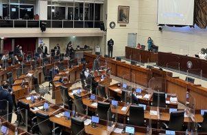 Diferentes sectores rechazan los cambios realizados por los diputados al proyecto de las reformas electorales. Foto: Asamblea Nacional