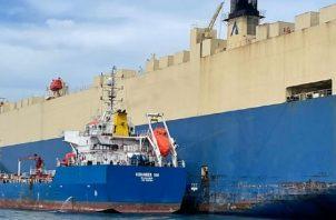 Esta nave ya había sido sancionada en el 2020, con la revocación de la licencia por otro derrame de combustible registrado a las puertas del Canal de Panamá.