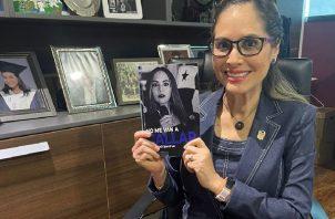 """La diputada Zulay Rodríguez presenta su libro 'No me van a Callar"""". Foto: Cortesía"""