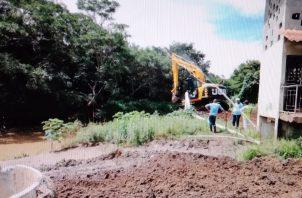 La sedimentación del río Parita afecta los canales de succión de la planta potabilizadora. Foto: Thays Domínguez