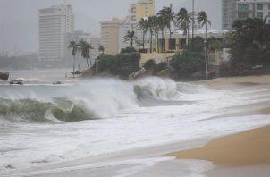 El NHC avisa de que esta perturbación producirá fuertes lluvias en zonas de Centroamérica y la península de Yucatán. Fotografía de archivo. Foto: EFE