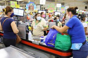 El vale digital consiste en una asignación mensual de 120 dólares mensuales a través de la cédula de identidad personal del beneficiario, para la compra de alimentos, productos de higiene y medicamentos.