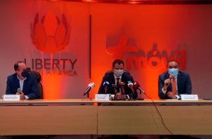 Spiegel explicó que pasará por la Acodeco y una vez lo apruebe se procederá  al cierre de la transacción. Foto: Víctor Arosemena