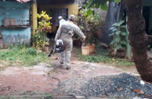 Se realizaron las inspecciones de rigor en los alrededores de las viviendas. Foto/Thays Domínguez