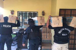 Unidades de la Policía Nacional allanaron residencias en Panamá y Panamá Oeste. Foto: Cortesía Ministerio Público