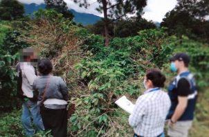 Los menores son sacados del lugar y los padres reciben orientación sobre normas legales vigentes. Foto: José Vásquez