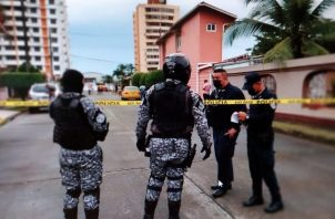 Todo el área fue acordonada por la Policía Nacional para preservar la escena del crimen. Foto: Cortesía