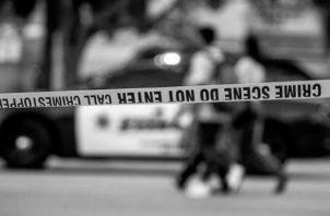 Lo importante es medir la situación de forma integral porque nadie merece morir acribillado a tiros, ser asaltado casi a diario, o vivir entre pandilleros que tratan de imponer sus códigos de conducta al margen de la ley. Foto: EFE.